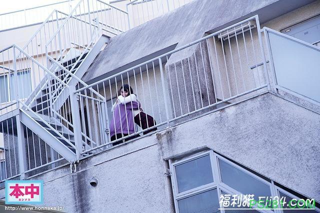 【6upoker】HND-793:女友被椎名そら(椎名空)把走了!偏激男子中出复仇!
