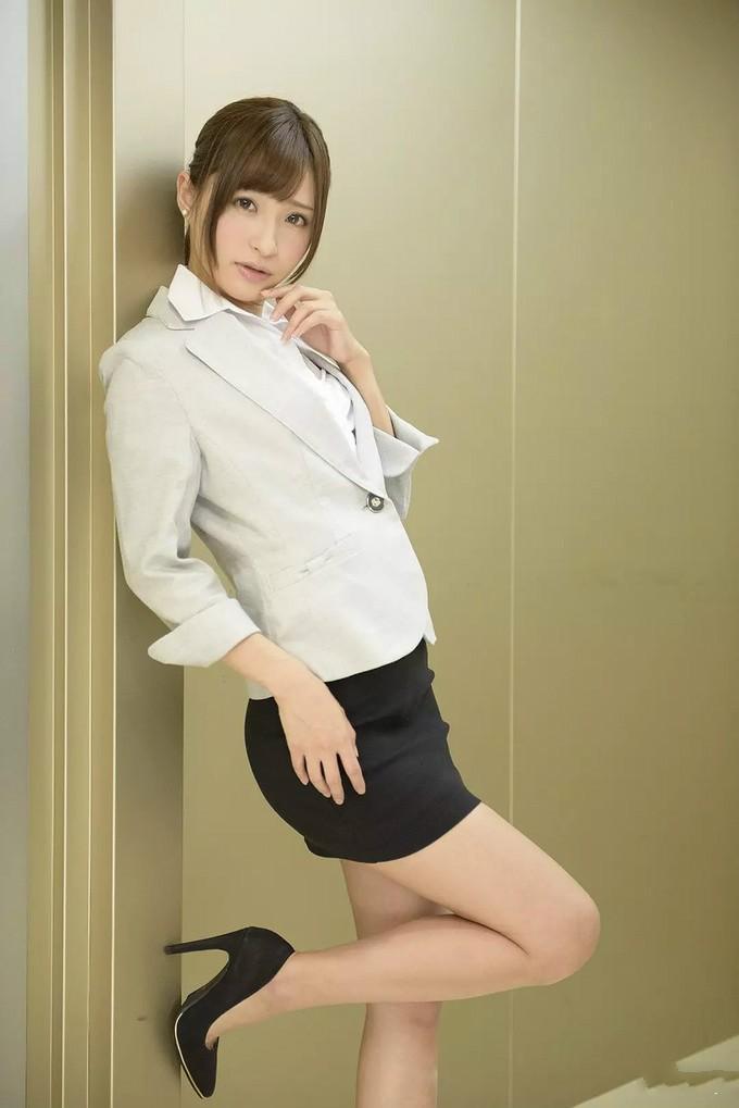【6upoker】SSNI-603天使萌和坂道美琉共演 豪华阵容你能坚持几分钟