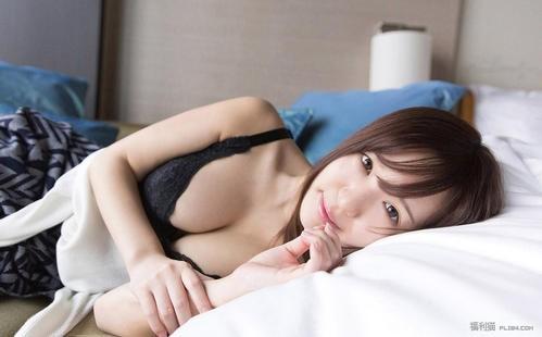 【6upoker】ABP-814 :感受小弟弟的温度了~藤江史帆被中出了!