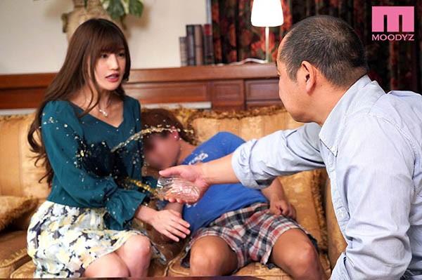 【6upoker】MIDE-777:看到姐姐高桥圣子被母亲的再婚对象侵犯了!