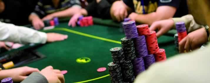 【6upoker】现场扑克:买入越大,竞争环境越好吗?