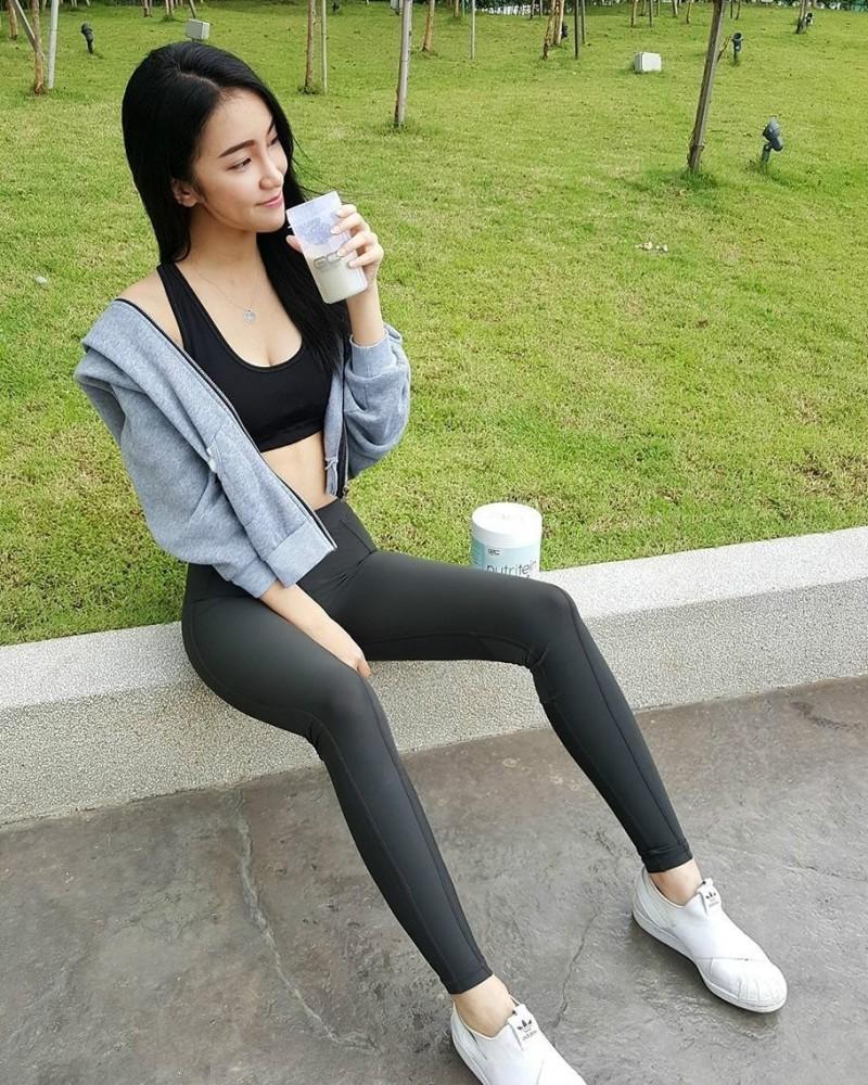 【6upoker】大马性感正妹May Chuah 比基尼美女辣翻网友
