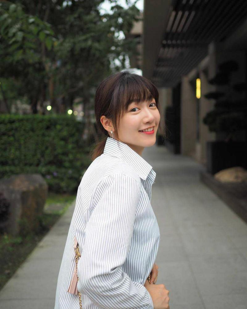 "【6upoker】美女主持人""小郭雪芙""泱泱 激烈乳震晃得网友晕眩迷煳"
