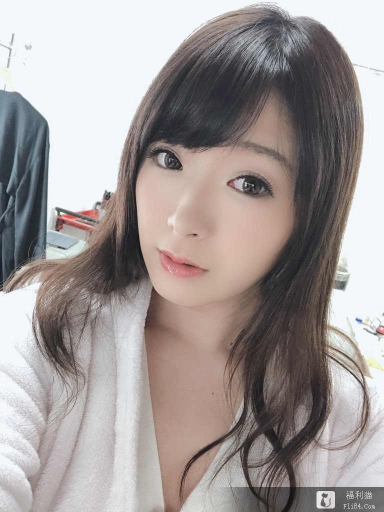 【6upoker】因老公有(萝莉控)的变态X癖好!F奶人妻新川爱七暗黑出道!