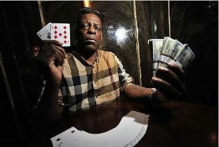 【6upoker】毒贩狱中打牌15年 出狱后500美元赢150万成百万富翁