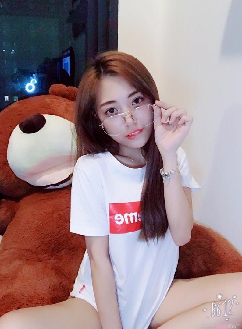 "【6upoker】大马正妹Linda Lim ""袭胸""影片让人男人想犯罪"