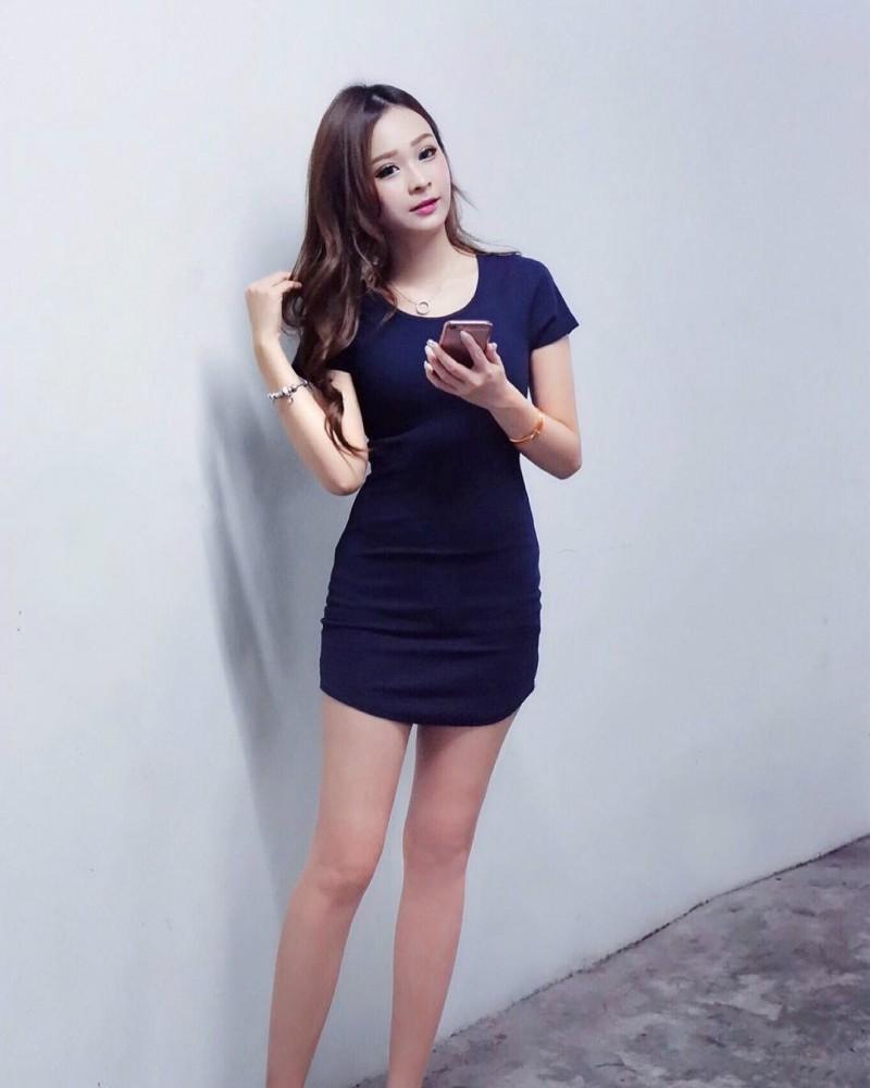 【6upoker】网红正妹BabySuki 逆天大长腿性感迷人