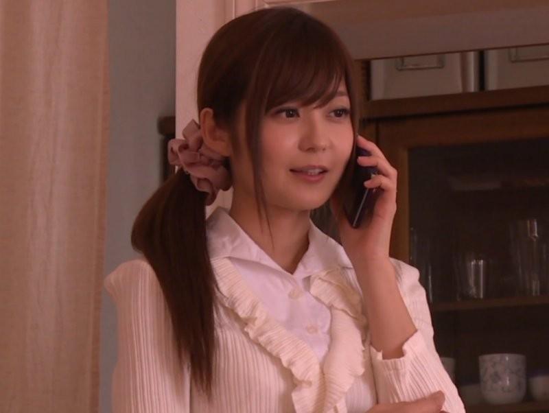 【6upoker】石原莉奈两次出道 为谋生为进入业界