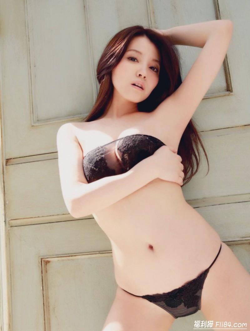 "【6upoker】波霸御姐""まろかMAROKA""雪白欧派逼得你想动手!"