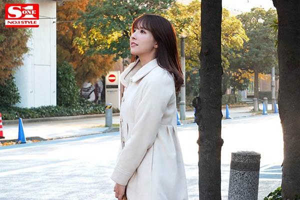 【6upoker】SSNI-756:只要有钱,你就能拥有她⋯三上悠亜专服务大老板!