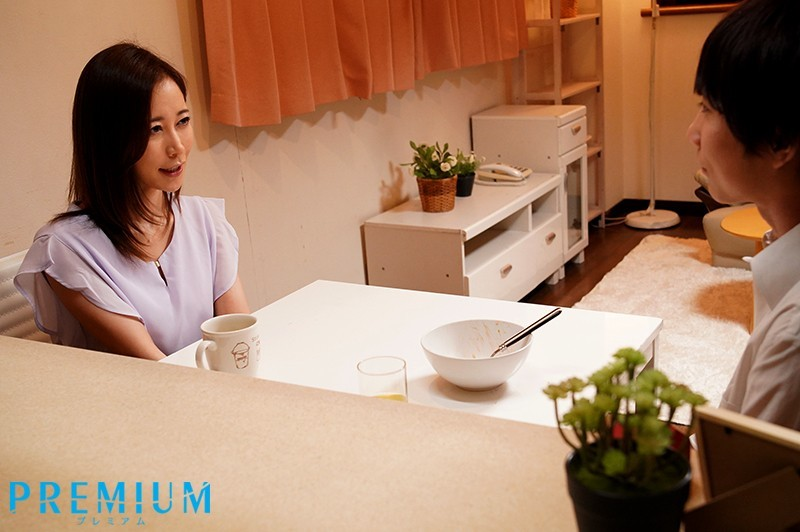 【6upoker】PRED-254:翘臀美乳女老师篠田优用肉体感化叛逆学生.