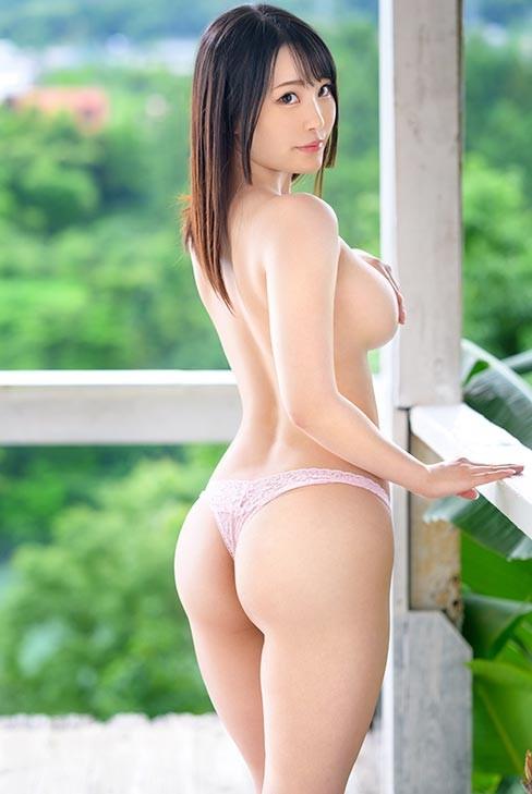 【6upoker】BGN-060:完美神乳渚好美被从未体验过的高潮刺激得发出猥亵声音⋯