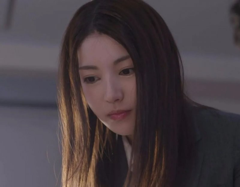 【6upoker】枫的那一夜 枫姑娘留宿男同事发生太多事
