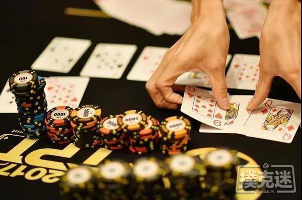 【6upoker】世界德州扑克冠军和我们的区别:起手AA,他却毫不犹豫选择弃牌!