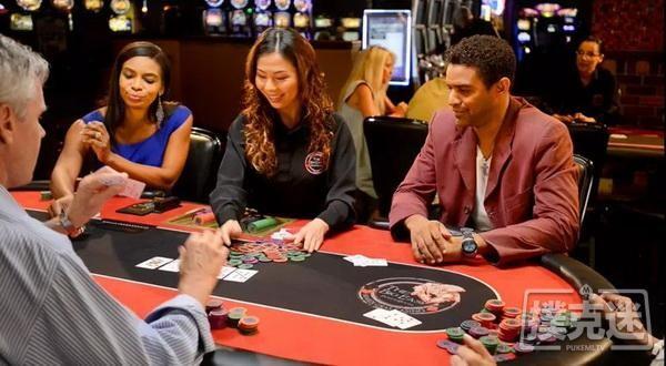 【6upoker】德州扑克中手持23,翻牌all in,诈唬还亮牌!花样做死的明白人