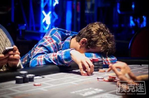 【6upoker】德州扑克中避免陷入牌局困境最简单粗暴的一招
