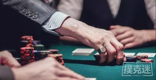 "【6upoker】7人翻牌圈的""屠杀""与反思 |德州扑克牌局分析"