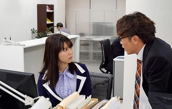 【6upoker】SSNI-454: 丰臀OL与丝袜主管葵司办公室搞不伦,以彼此的肉体做为慰藉!