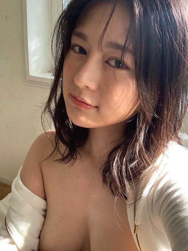 【6upoker】FLN-S-247:超市巨乳柜姐神木沙罗被口交高潮!