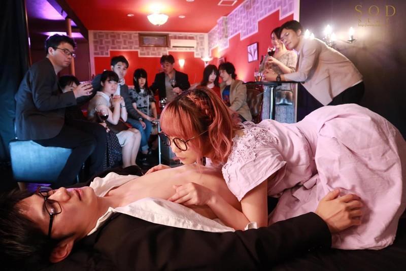 【6upoker】STARS-283:小说家户田真琴用自己的身体去了解蚀骨销魂的快感〜