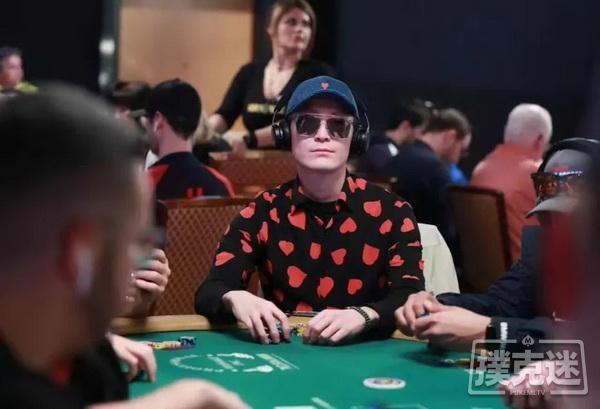【6upoker】国人牌手故事 | 2019扑克之王吴亚轲:不断进步,不断比赛,不断跟上新时代!
