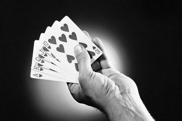 【6upoker】德州扑克中打了很久的牌都没成绩怎么办?