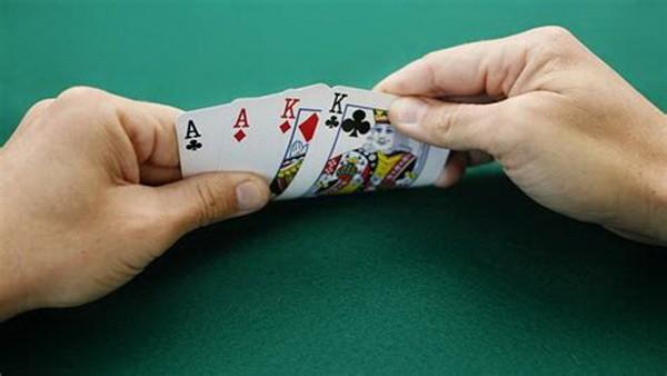 【6upoker】德州扑克底池限注奥马哈十大技巧