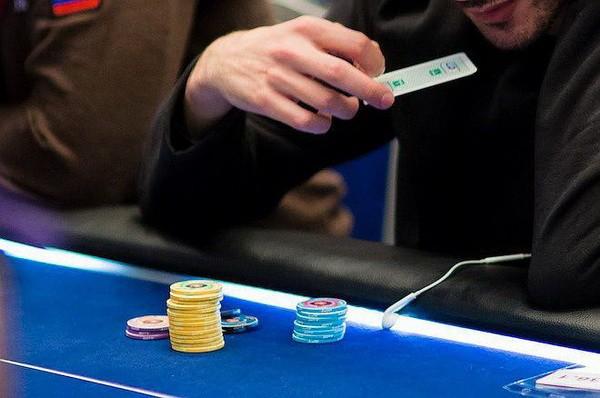 【6upoker】德州扑克没有必要跟注的8个例子