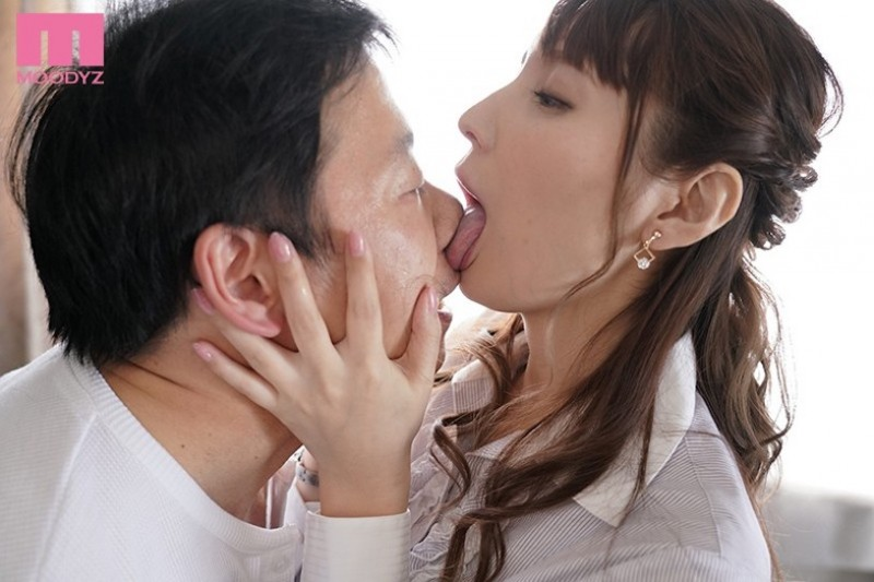 【6upoker】舔脸、强制颜面骑乘、打到你潮吹⋯这样的女鬼你可以吗?