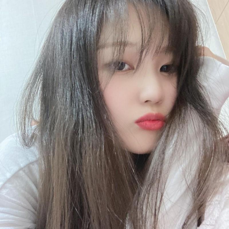 【6upoker】韩国清纯妹《SIA》清纯可爱散发诱人香气!