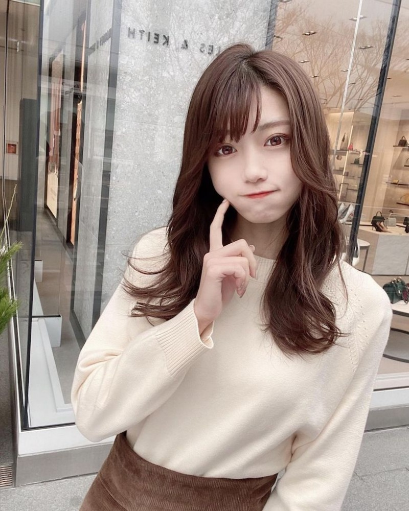 【6upoker】名古屋工学部「22岁正妹大学生」,爱吃牡蛎「好受男同学欢迎」!