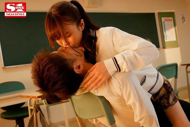【6upoker】坂道美琉SSNI-955 甜美可爱女生原来是小恶魔
