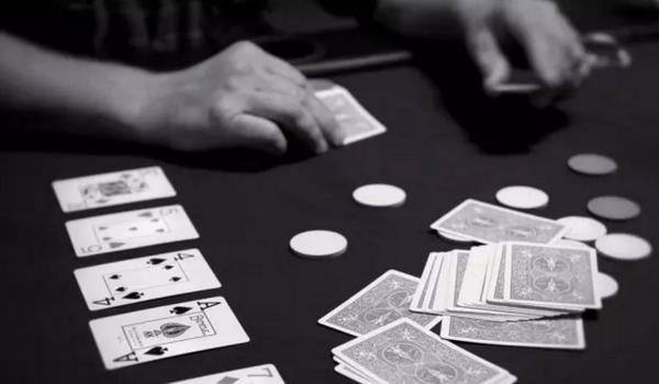 【6upoker】德州扑克如何决定翻牌前的加注量