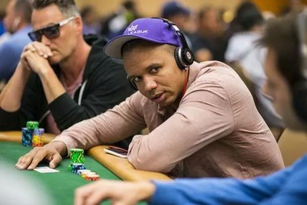 【6upoker】观察德州扑克对手时需要记录的6大基本信息