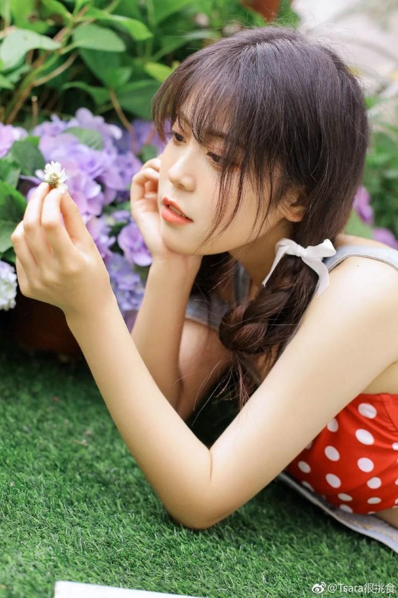 【6upoker】微博妹子@Tsara很挑食小学妹,超甜!