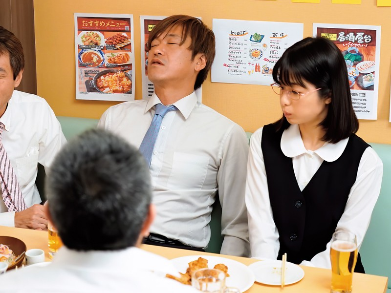"【6upoker】俗气OL""川上奈々美""其实超爱舔 捡尸男同事吞液解渴"
