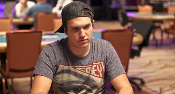 【6upoker】德州扑克你的锦标赛生命