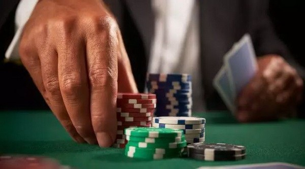 【6upoker】德州扑克对翻牌圈的解读!
