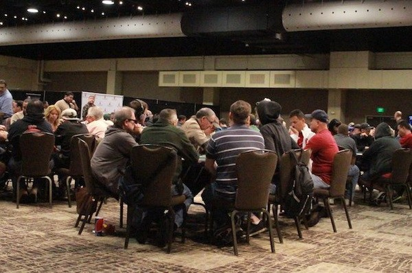 【6upoker】德州扑克翻牌圈放弃一手大牌