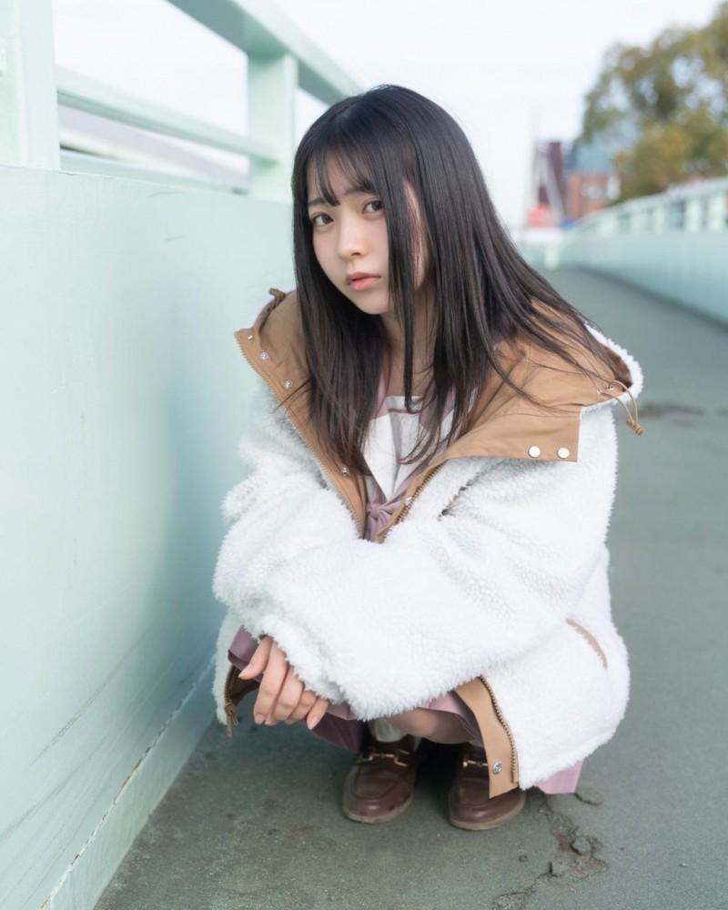 【6upoker】17岁仙女高中生「瀬戸りつ」绝美长相激似IU 全身散发「空灵气质」美到有点不真实