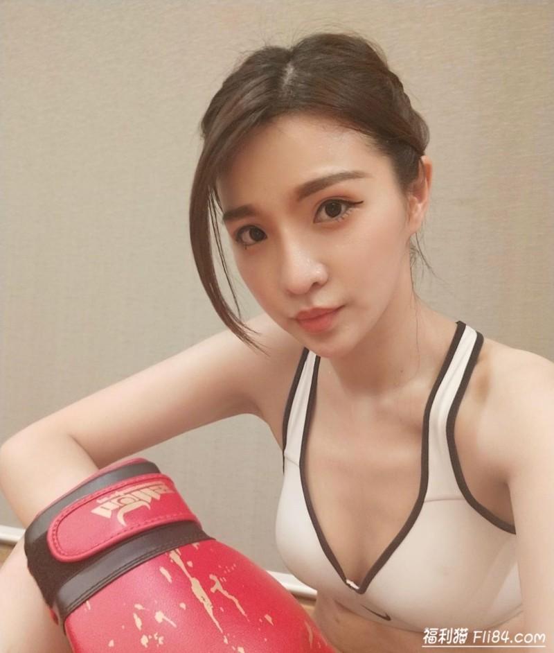 【6upoker】今日妹子图20200315:健康的麦芽色show girl夏小芯!