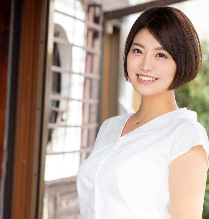 【6upoker】堇花润首部作品MEYD-581 短发人妻气质出众