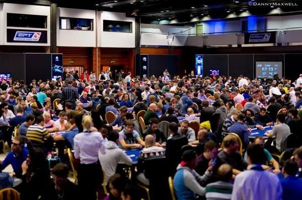 【6upoker】德州扑克新手的三个锦标赛技巧!