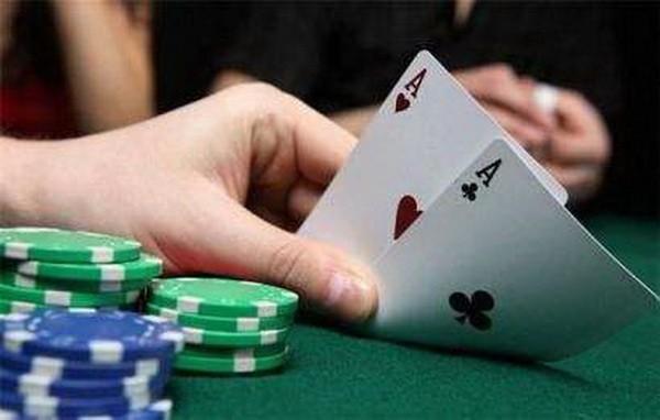 【6upoker】德州扑克MTT策略:和你想的不一样!!!