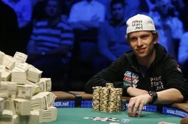 【6upoker】德州扑克赛史上最想骂人的三个瞬间