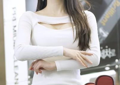 【6upoker】韩国车模李佳恩Lee Gaeun车展直拍20200401