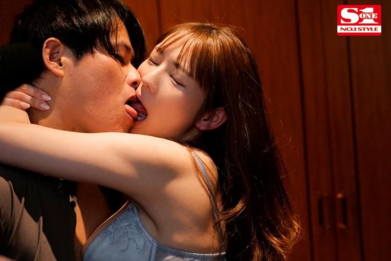 【6upoker】三大男优护驾!はやのうた挥洒体液疯狂交合!