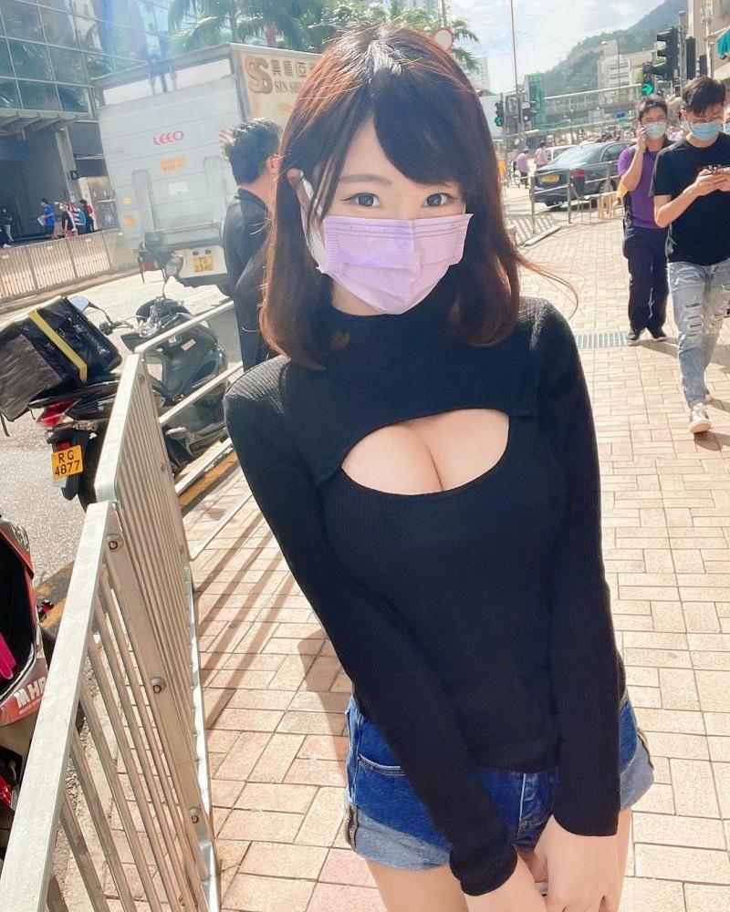 【6upoker】口罩要戴长辈要露!清新正妹大秀「白皙小蛮腰」,防疫期间也能辣到你受不了!