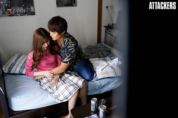 【6upoker】明里䌷ADN-314 明里つむぎ上了男朋友学长的床