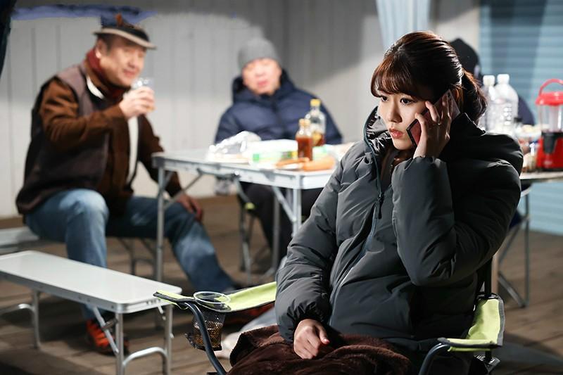 【6upoker】神宫寺奈绪JUL-568 人妻与3位大叔共同美好一夜